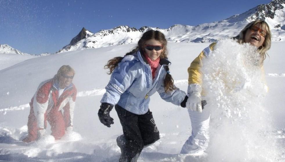 arlberg-winter-schnee-schuh-wandern-fun-2